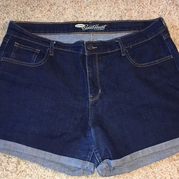 Old Navy Pants - Old Navy sweetheart Jean shorts